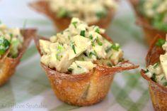 Thai Green Curry Chicken Salad in Crispy Wonton Cups