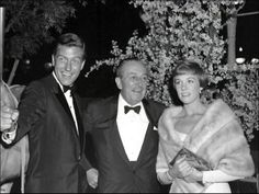 Walt with Dick Van Dyke and Julie Andrews at the Premier of Mary Poppins