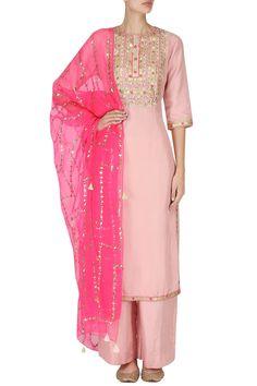 PRIYANKA SINGH Straight Pink Embroidered Kurta with Palazzo Pants Set. #priyankasingh #ethnic #straight #pink #embroidery #kurta #palazzo #pants #indianfashion #indiandesigners #perniaspopupshop #happyshopping