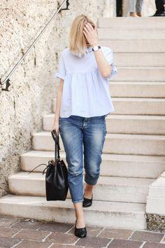 tifmys – Zara ruffle blouse, Cos jeans, Daniel Wellington watch, H&M ballerinas & Mansur Gavriel bucket bag.