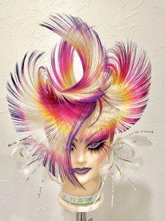 Kazuaki Sakai 第46回全日本美容技術選手権大会 ヘアスタイル競技 作品 High Fashion Hair, Competition Hair, Avant Garde Hair, Hair Arrange, Natural Hair Styles, Long Hair Styles, Hair Color And Cut, Fantasy Hair, Hair Reference