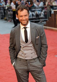 Jude Law.  UK Premiere of Anna Karenina.