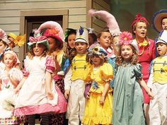 set ideas for wizard of oz + school plays - Google Search