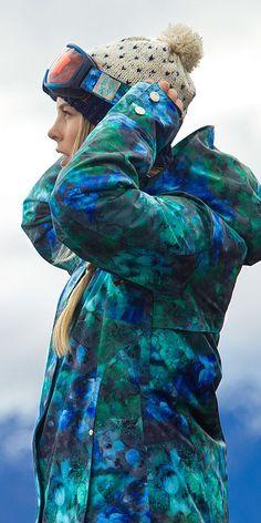 Torah Bright Collection: The new Roxy Torah Bright collection - Roxy Snowboard 🏂 Winter Hiking, Winter Gear, Winter Fun, Torah Bright, Snowboard Girl, Snowboarding Outfit, Ski Season, Snow Bunnies, Snow Fashion