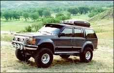 Lifted Ford Explorer, American Car Companies, Old American Cars, Ford Expedition, Le Mans, Pickup Trucks, Offroad, 4x4, Ferrari