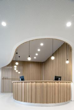 wood Interior Lobby Reception Desks is part of Lobby design - Welcome to Office Furniture, in this moment I'm going to teach you about wood Interior Lobby Reception Desks Coperate Design, Lounge Design, Design Room, Office Interior Design, Office Designs, Design Ideas, Hall Interior, Curve Design, Hall Design