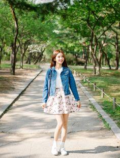Korean Daily Fashion- Date Look ♥              Long white sleeve blouse   Flower strap dress          White graphic t-shirt   Blue skinny...