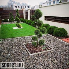 """285 kedvelés, 1 hozzászólás – SD KERT - Spiegel Ákos (@topgarden) Instagram-hozzászólása: """"#alakfa #kertiszegély #fuvesites #előkert #kertépítés #kerttervezés #letisztult #andezit #landscape…"""" Land Scape, Sidewalk, Garden, Plants, Instagram, Gardens, Naturaleza, Garten, Side Walkway"""