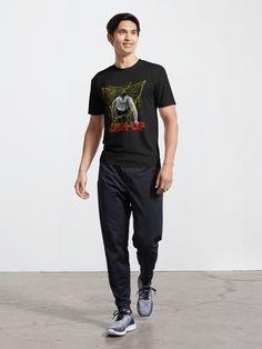 """Schnell trocknendes, atmungsaktives Sport T-Shirt für Fitnessstudio, Wanderungen und vieles mehr Bequeme Passform mit sportfreundlichem Stretch Männliches Modell ist 181 cm / 5'11"""" groß und trägt Größe M Weibliches Modell ist 180 cm / 5'11"""" groß und trägt Größe S Leichte Stoffqualität (99 g / 3,5 oz.) aus 100% Polyester Fast drying, breathable sports T-shirt for gym, hiking and much more Comfortable fit with sporty stretch Male model is 181 cm / 5'11"""" tall and wears size M"""