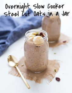 We love this slightly different approach to overnight oats from Making Thyme for Health (@sarahrae0920). Overnight Slow Cooker Steel Cut Oats in a Jar- only a few minutes to prep and you wake up to a warm and healthy breakfast that's portable and ready-to-eat! (vegan + gluten-free). Bonus: no crazy mess in your slow cooker!