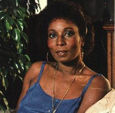 Madge Sinclair April 28 Award winning Jamaican actress.