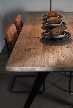 Industriële eiken tafel Dyk met 4 brede planken - Alle Pilat