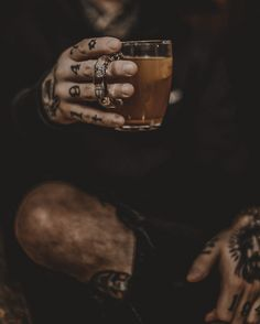 Aesthetic Pictures, Rings For Men, Instagram, Wallpaper, Photography, Life, Author, Tatuajes, Aesthetic Images
