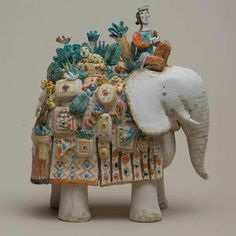 Sculpture by Michele Fabbricatore / Marco Polo Ceramic Clay, Ceramic Pottery, Pottery Art, Ceramic Animals, Clay Animals, Pottery Sculpture, Sculpture Clay, Sculptures Céramiques, Elephant Art
