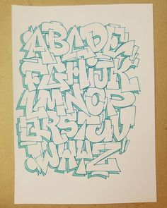 Graffiti Doodles, Graffiti Words, Graffiti Drawing, Street Art Graffiti, Graffiti Artists, Graffiti Lettering Alphabet, Tattoo Lettering Fonts, Calligraphy Alphabet, Islamic Calligraphy
