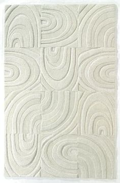 pretty and contemporary area rug