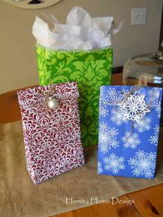 DIY gift bags out of wrapping paper - see link for excellent tutorial & pics. supplies you will need: Wrapping paper (heavy duty for a more durable bag), Scissors, Glue, Embellishments. The steps: Cut your wrapping paper by by see link for the rest Christmas Projects, Holiday Crafts, Christmas Crafts, Christmas Ideas, Homemade Christmas, Christmas Baking, Creative Gift Wrapping, Creative Gifts, Wrapping Ideas