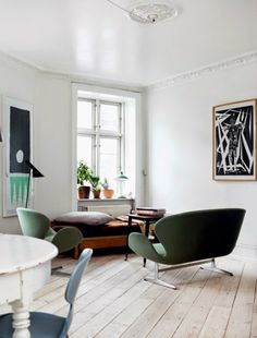 Arne Jacobsen sofa & lounge chair in forest green