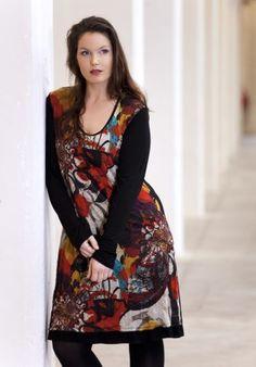 exelle front print dress, back black