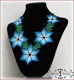 lucibisuteria: XOCHITL Turquoise Necklace, Beaded Necklace, Beadwork Designs, Yarn Projects, Fringe Earrings, Beading Tutorials, Crochet Yarn, Beaded Flowers, Perler Beads