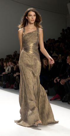 www.fashion2dream.com #catwalk #fashion #street #style #2013 #lingerie