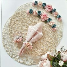 Silk Ribbon Embroidery, Hand Embroidery, Crafts To Sell, Diy And Crafts, Sell Diy, Recycler Diy, Sewing Projects, Projects To Try, Rope Crafts