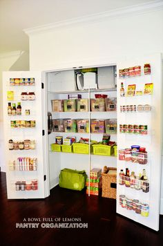 How to organize your kitchen pantry. /// this is the same size pantry if the bathroom were converted to a powder room