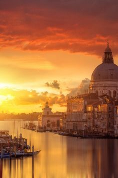 Pars Kutay - Google+   Red Morning Light - Grand Canal of Venice, #Italy    by Guerel Sahin