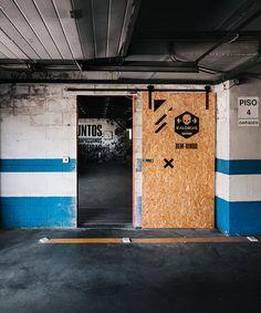 estúdio AMATAM transforms car workshop into CROSSBOX center