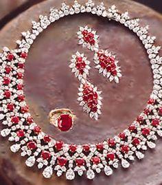 J447 Jewellery Designers in Pakistan Silver Jewelry Industry in Pakistan Diamond Like