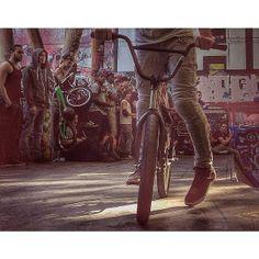 ©mydame Street, Instagram, Parisians, Athlete, Photography, Walkway