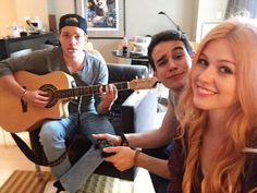 Kat, Alberto & Dom hanging after training for Shadowhunters :3 aww they're all so cute <3 I love Alberto he's so adorable #ShadowhuntersTV