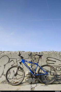 Cu bicicleta prin Bucuresti - 7: Lacul Vacaresti, Delta Bucurestiului . Cycling In Bucharest - 7 - The Vacaresti Lake, Bucharest Delta