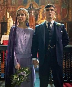 Thomas and Grace Shelby Peaky Blinders 💜 Peaky Blinders Grace, Peaky Blinders Series, Peaky Blinders Thomas, Cillian Murphy Peaky Blinders, Peaky Blinders Costume, Grace Burgess, Peeky Blinders, Movie Wedding Dresses, Red Right Hand