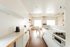 キッチンはリビングに近いので、来客の際もお喋りしながらお茶の用意できちゃいますね。#K様邸練馬高野台 #ダイニング #キッチン #リビング #フローリング #インテリア #EcoDeco #エコデコ #リノベーション #renovation #東京 #福岡 #福岡リノベーション #福岡設計事務所 Loft, Furniture, Home Decor, Decoration Home, Room Decor, Lofts, Home Furnishings, Home Interior Design, Attic Rooms