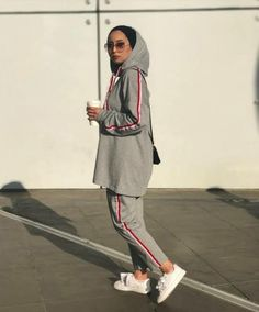 64 Ideas For Sport Outfit Hijab The most common mistakes made by women in cho Hijab Sport, Sports Hijab, Muslim Fashion, Modest Fashion, Hijab Fashion, Women's Fashion, Hijab Outfit, Hijabs, Mode Outfits