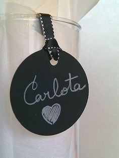 chalkboard gift it yourself gifts gifts made gifts handmade gifts Creative Gift Wrapping, Creative Gifts, Craft Gifts, Diy Gifts, Handmade Tags, Crafty Craft, Inspirational Gifts, Christmas Inspiration, Tags Ideas