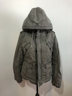 Xl platoon fur lined coat. The coat is in excellent used condition. The coat is very thick with the fur so perfect for winter! Raincoat, Fur, Nice, Grey, Jackets, Fashion, Rain Jacket, Ash, Down Jackets