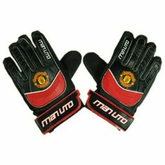 Manchester United FC. Goalkeeper Gloves - Size L/Boys by Manchester United F.C.. $18.85. To fit average 9 to 11 years. Elastic strap for secure fit. Official Licensed Product. Latex foam palm, Lightweight foam backing. Manchester United F.C.. MANCHESTER UNITED F.C. Goalkeeper gloves LB * Latex foam palm * Lightweight foam backing * Elastic strap for secure fit * To fit average 9 to 11 years Official Licensed Product