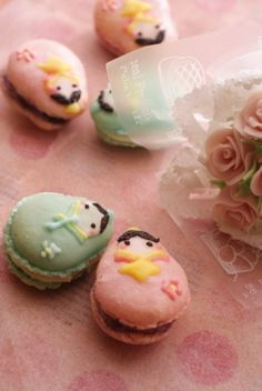 Awwww-someley adorable little pastel hued Matryoshka Russian Doll Macarons.