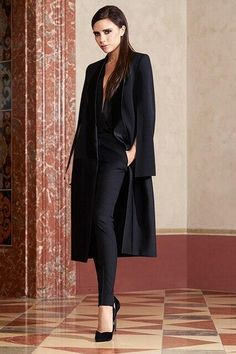 Victoria Beckham - I love her and this outfit!
