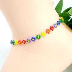 Rainbow Anklet, Beaded Daisy Ankle Bracelet, Summer Seed Bead Floral Jewelry, Gift Small to Plus Size Beaded Anklets, Beaded Choker, Beaded Jewelry, Handmade Jewelry, Seed Bead Bracelets, Ankle Bracelets, Body Chain Jewelry, Beaded Bracelet Patterns, Beaded Flowers