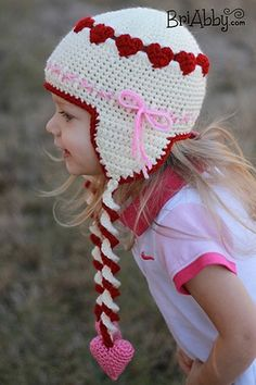 Sweetheart Hat by @briabbyhma | via I Heart Hats - A LOVE Round Up by @beckastreasures | #crochet #pattern #hearts #kisses #valentines #love