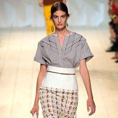 So sophisticated!  Paris Fashion Week 2014 - Spring 2015 show - Nina Ricci