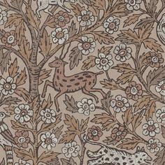 I Eva hittar vi det indiska formspråk som den engelska formgivaren William Morris arbetade med i många av hans mest älskade mönster. Vårt klassiska textilmönster Leonard har blivit ett signum för Sandberg. Leoparden i vårt tyg Leonard har här tagit ett skutt och får i Eva sällskap av en hjort, en fågel och en hare under det indiska trädet. Ett livets träd vars rötter knyter an till vårt arv, och vars grenar symboliserar fruktbarheten och det nya.