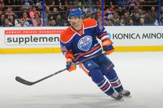 Photo galleries featuring the best action shots from NHL game action. Nhl Games, Edmonton Oilers, Hockey, Passion, Baseball Cards, Sports, Life, Hs Sports, Field Hockey