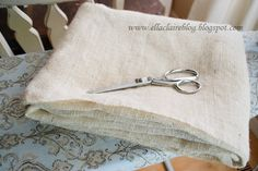 How to wash and cut burlap, make the smell go away, and even out the edges.