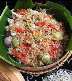 Indonesian Food Traditional, Indonesian Cuisine, Rice Recipes, Cooking Recipes, Healthy Recipes, Nasi Liwet, Nasi Bakar, Food 101, Malaysian Food