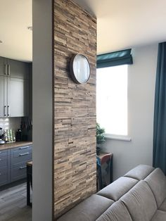 Feature wall using Brut design wooden wall #woodenwall #timberwall #featurewall #mediawall #deconstructedwood #vintagewood #recycledwood #recycledwoodpanels #reclaimedwoodpanels