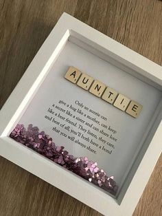 Diy Geschenk Basteln – Scrabble Name Quote Box Frame – Gift Ideas Kids Crafts, Diy And Crafts, Craft Projects, Baby Crafts, Craft Ideas, Dyi Gift Ideas, Crafts For Sale, 31 Ideas, Craft Sale